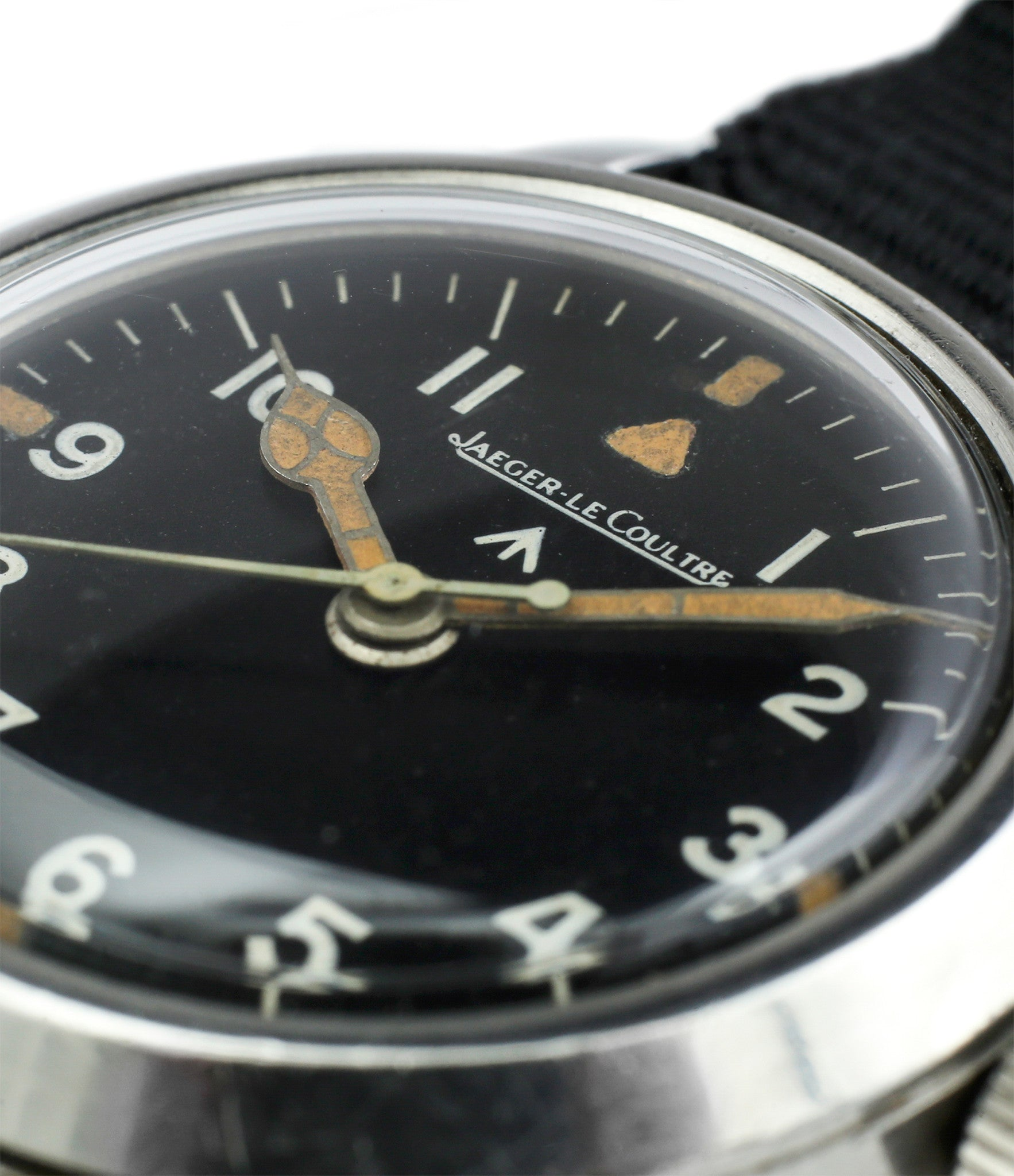 plexiglass dome buy vintage Jaeger-LeCoultre Mark XI RAF military pilot watch 6B/346 unrestored dial cathedral hands at WATCH XCHANGE LONDON military watch online specialist