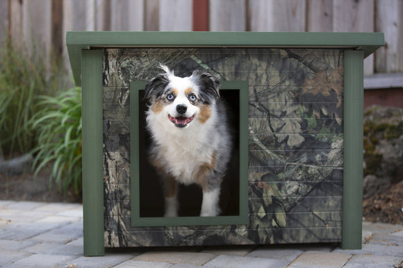 New Age Pets Mossy Oak Rustic Lodge Dog House - Pet Pro Supply Co.