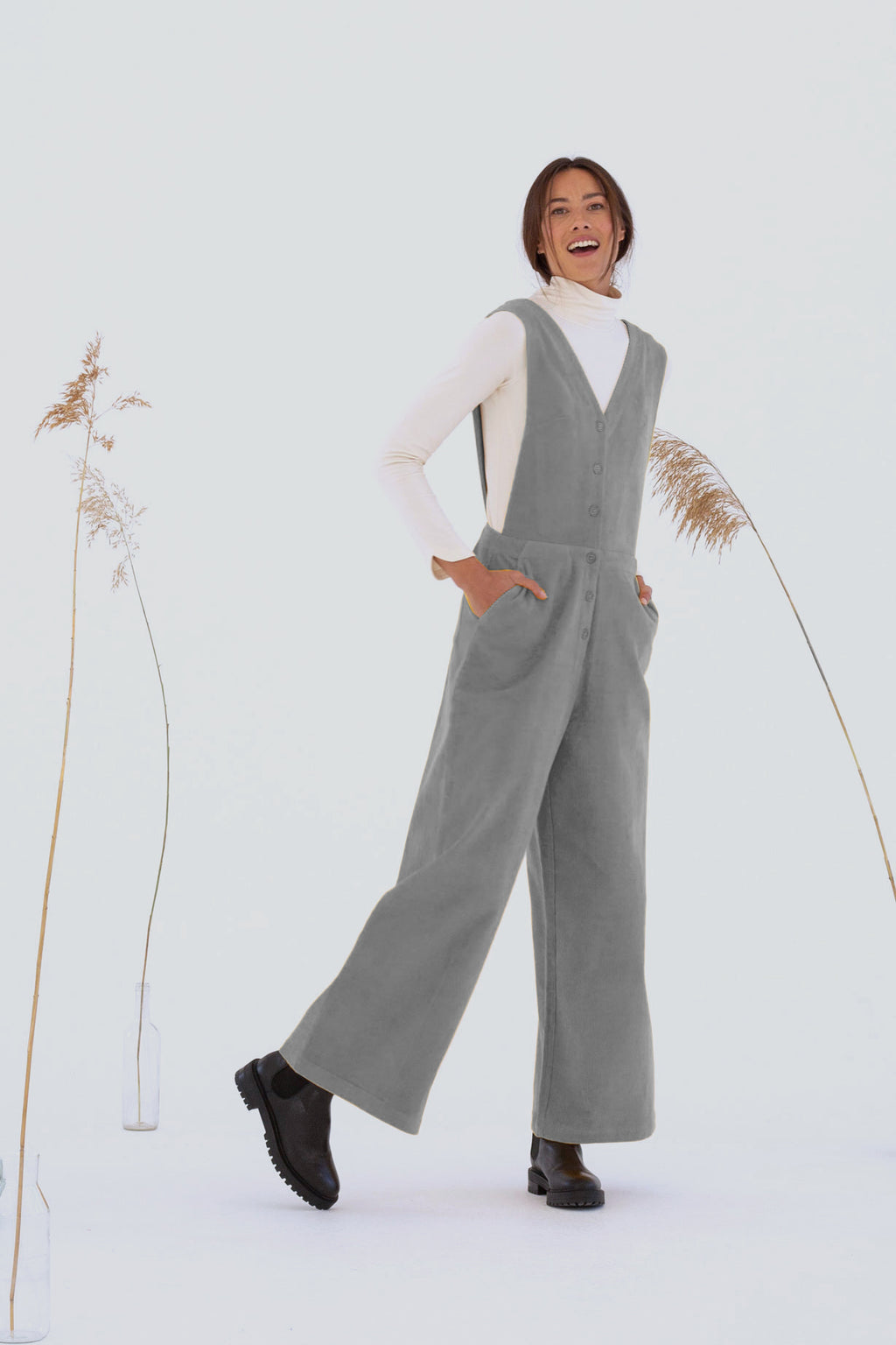 "Overall ""Oda"" I light grey"