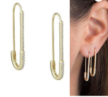 Load image into Gallery viewer, Safety Pin Earring EA20152