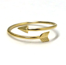 Load image into Gallery viewer, Cupids Arrow Gold Ring