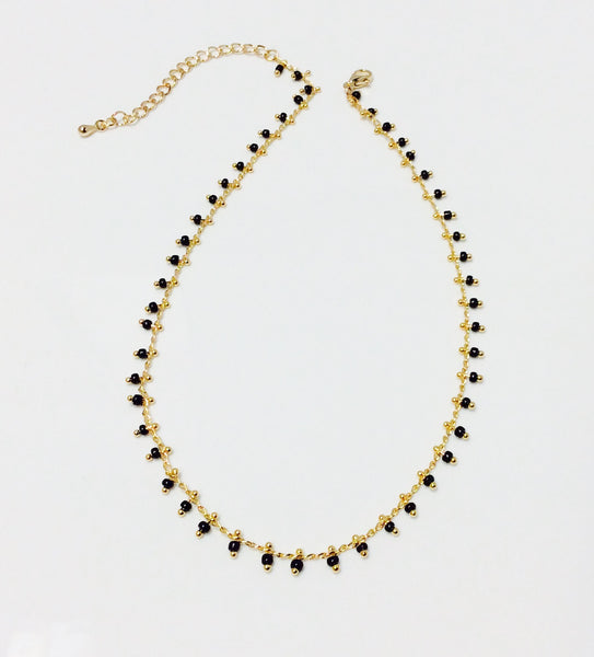 Blk beaded choker