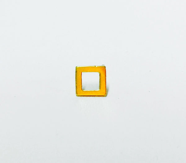 Square outline stud