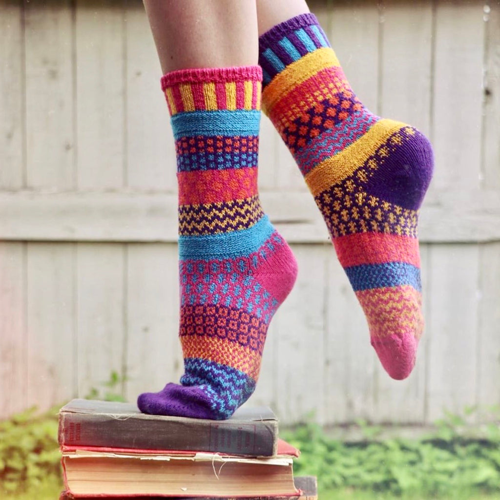 Mismatched Knitted Socks (Carnation)