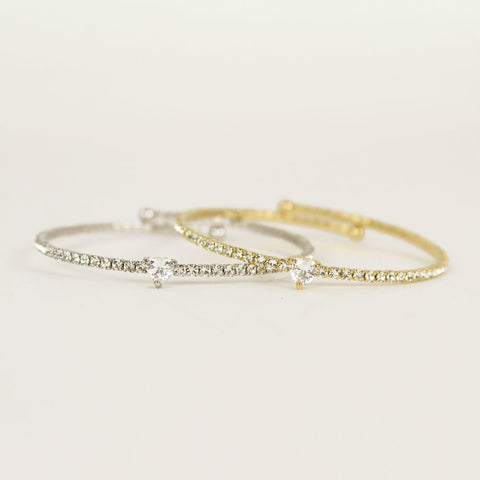 Gold Shelly Heart Bangle