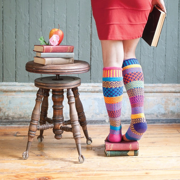 Mismatched Knitted Knee High Socks (Carnation)