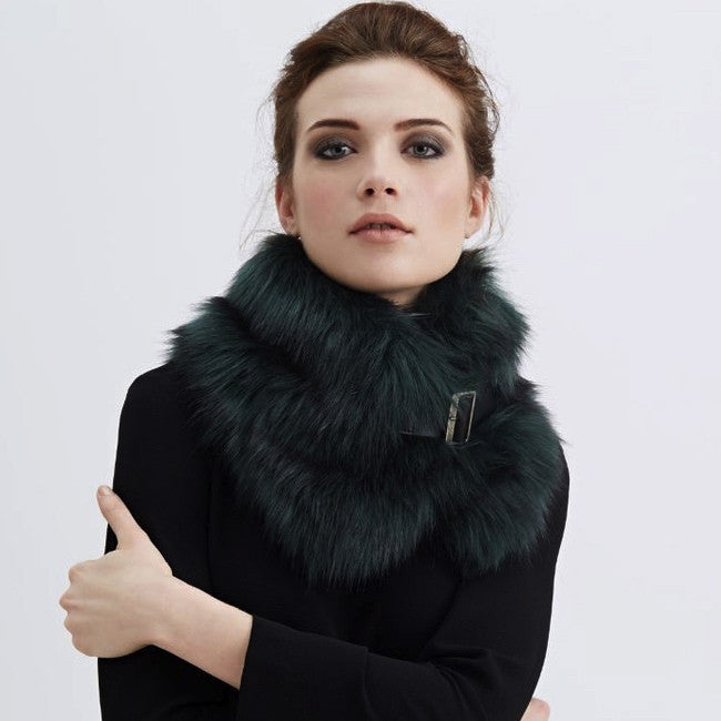 Spruce Faux Fur Buckle Collar