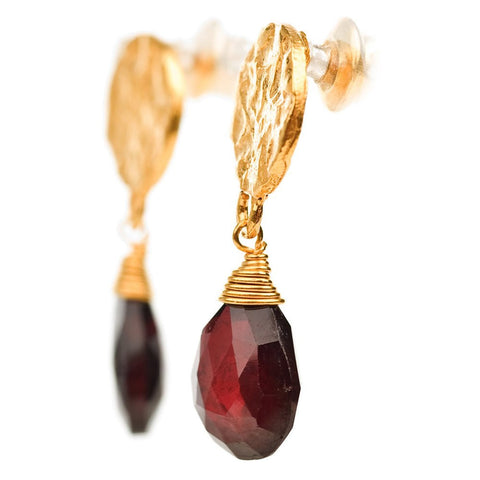 Azuni London Disc Stud Earrings with Garnet Drops