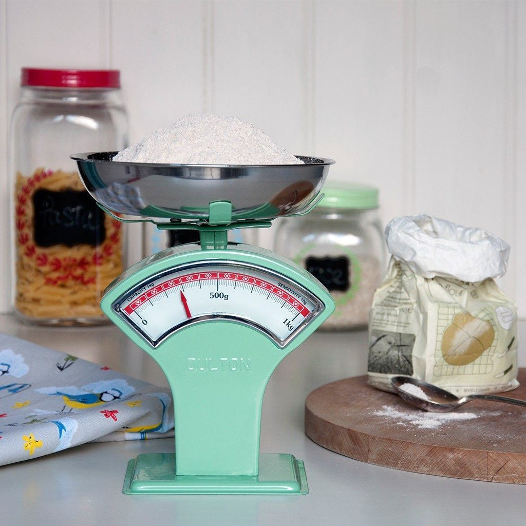 Green Vintage Shop Scales