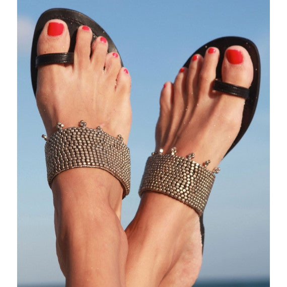 Aspiga Silver Luna Black Leather Toe Loop Sandals