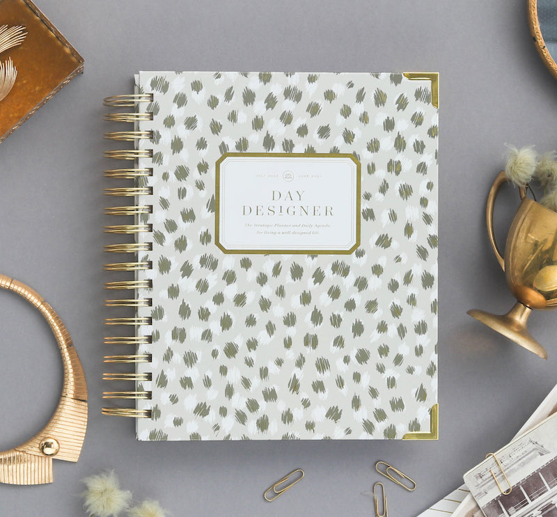 2021 Daily Planner: Chic