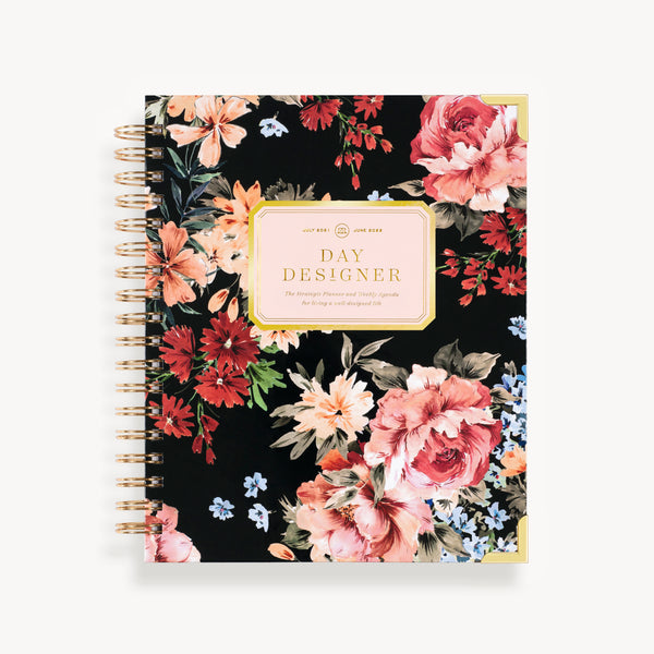 2021-2022 Weekly Planner: Romance