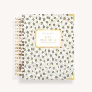 2021-2022 Daily Planner: Chic