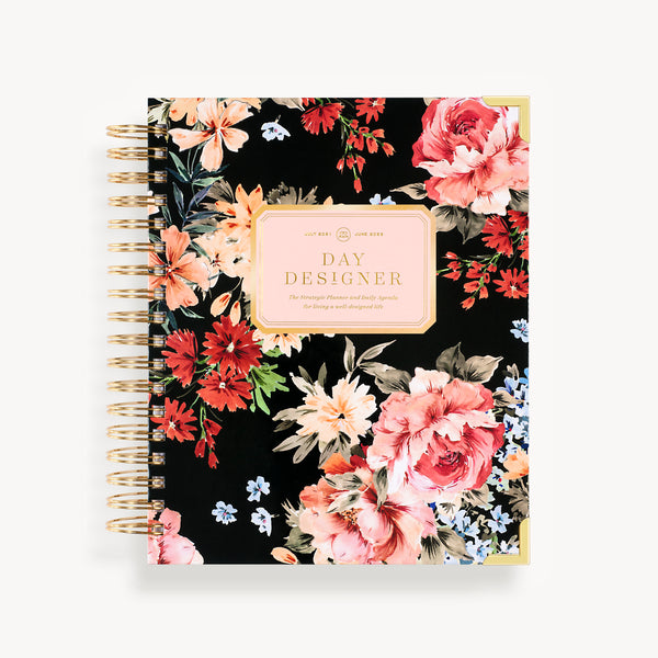 2021-2022 Daily Planner: Romance