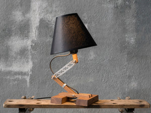 PLAT adjustable table lamp