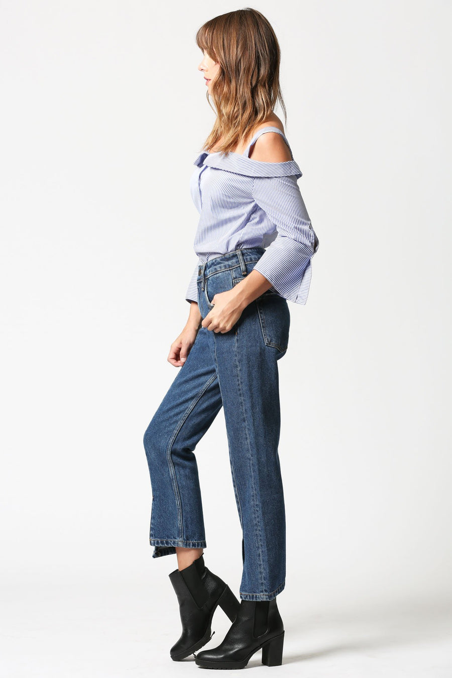 TRACEY <p/> Pin Tuck Front Slit High Rise Straight Crop