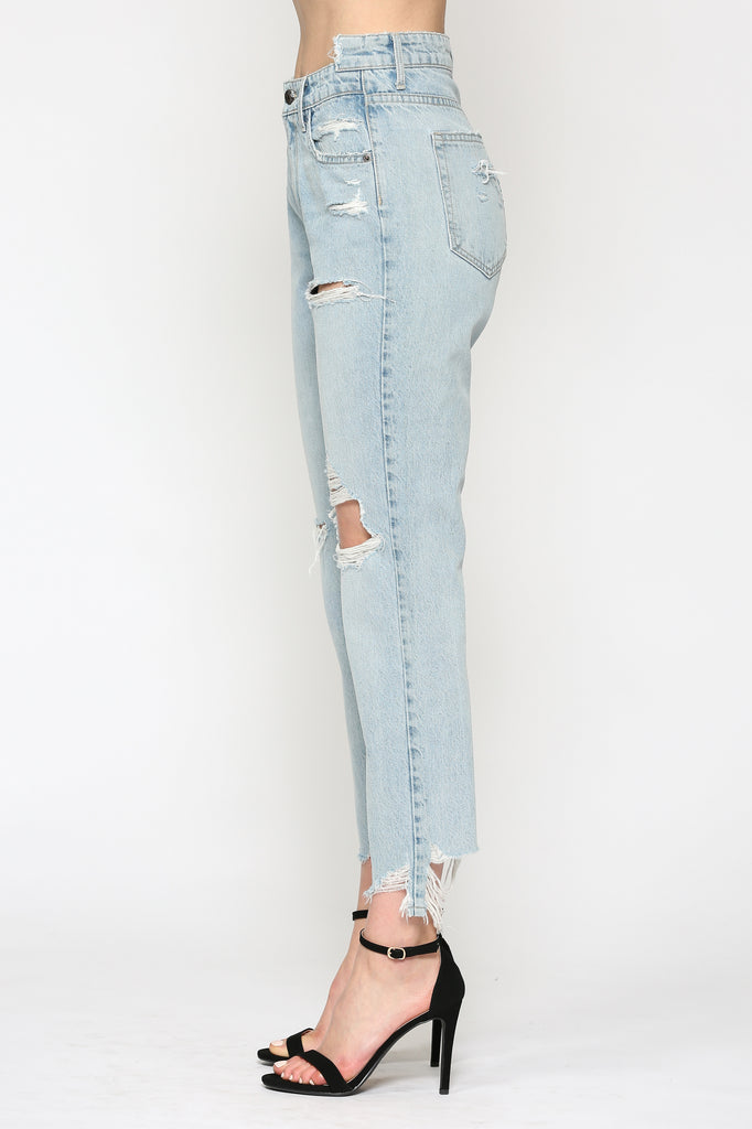 TRACEY <p/> LIGHT WASH DISTRESSED STRAIGHT