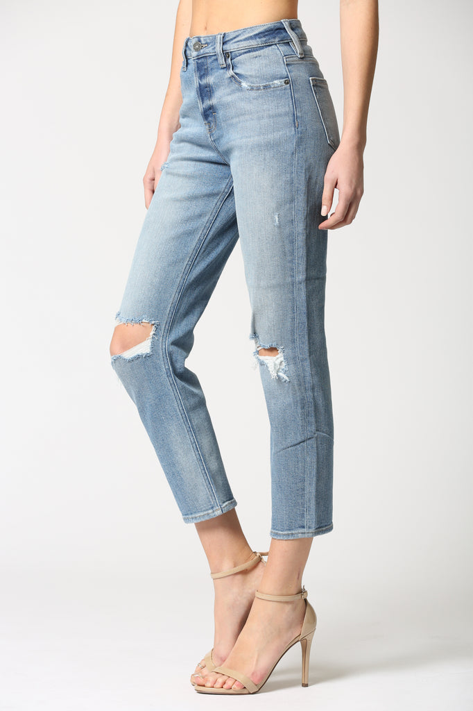 ZOEY <p/> MEDIUM WASH DISTRESSED MOM JEAN