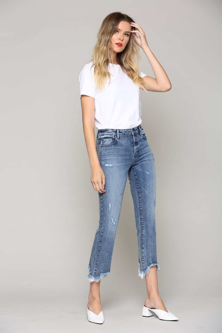 HAPPI<p/> MEDIUM WASH CROPPED FLARE WITH FRAYED HEM