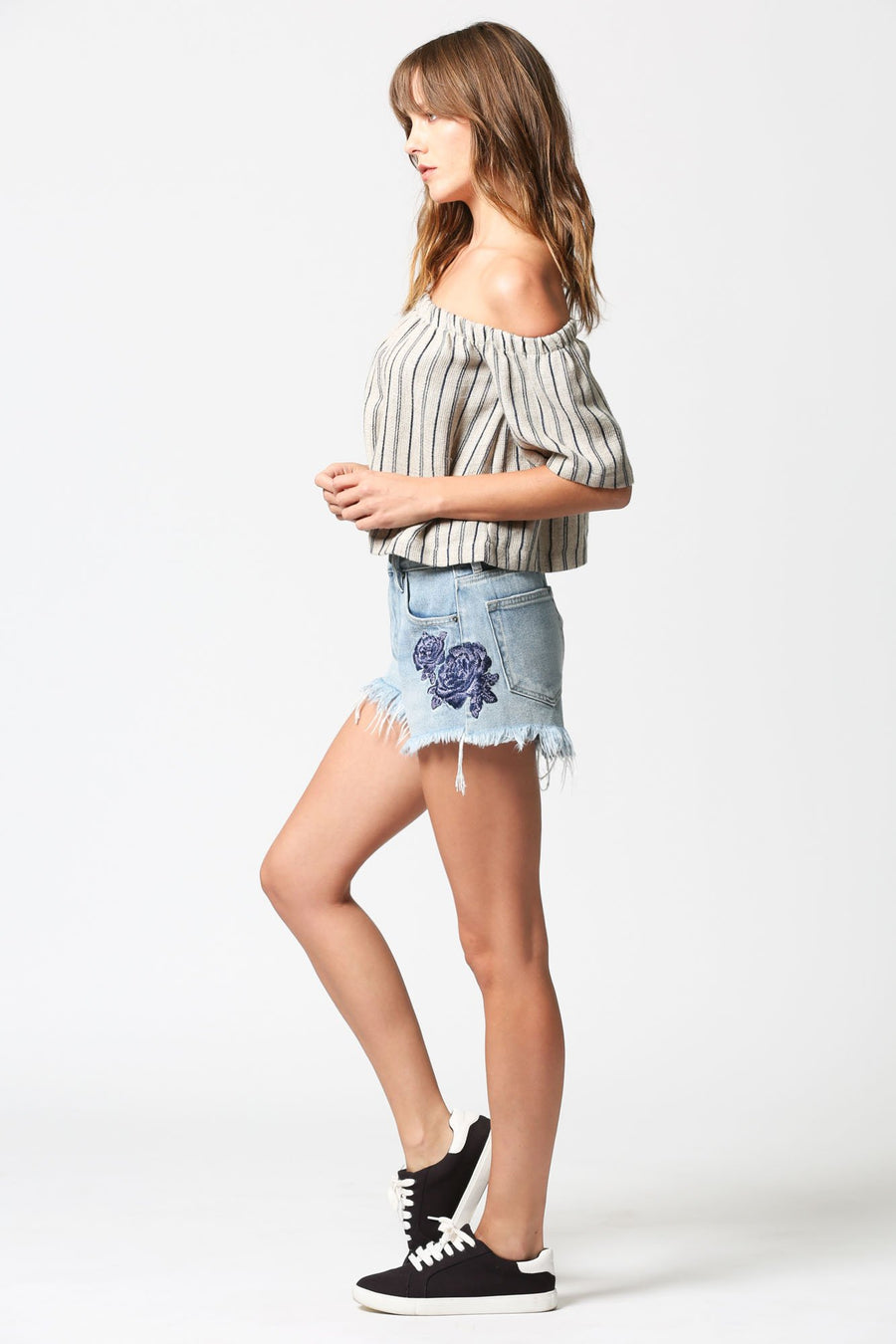 FINN <p/> High Rise Short with Embroidery