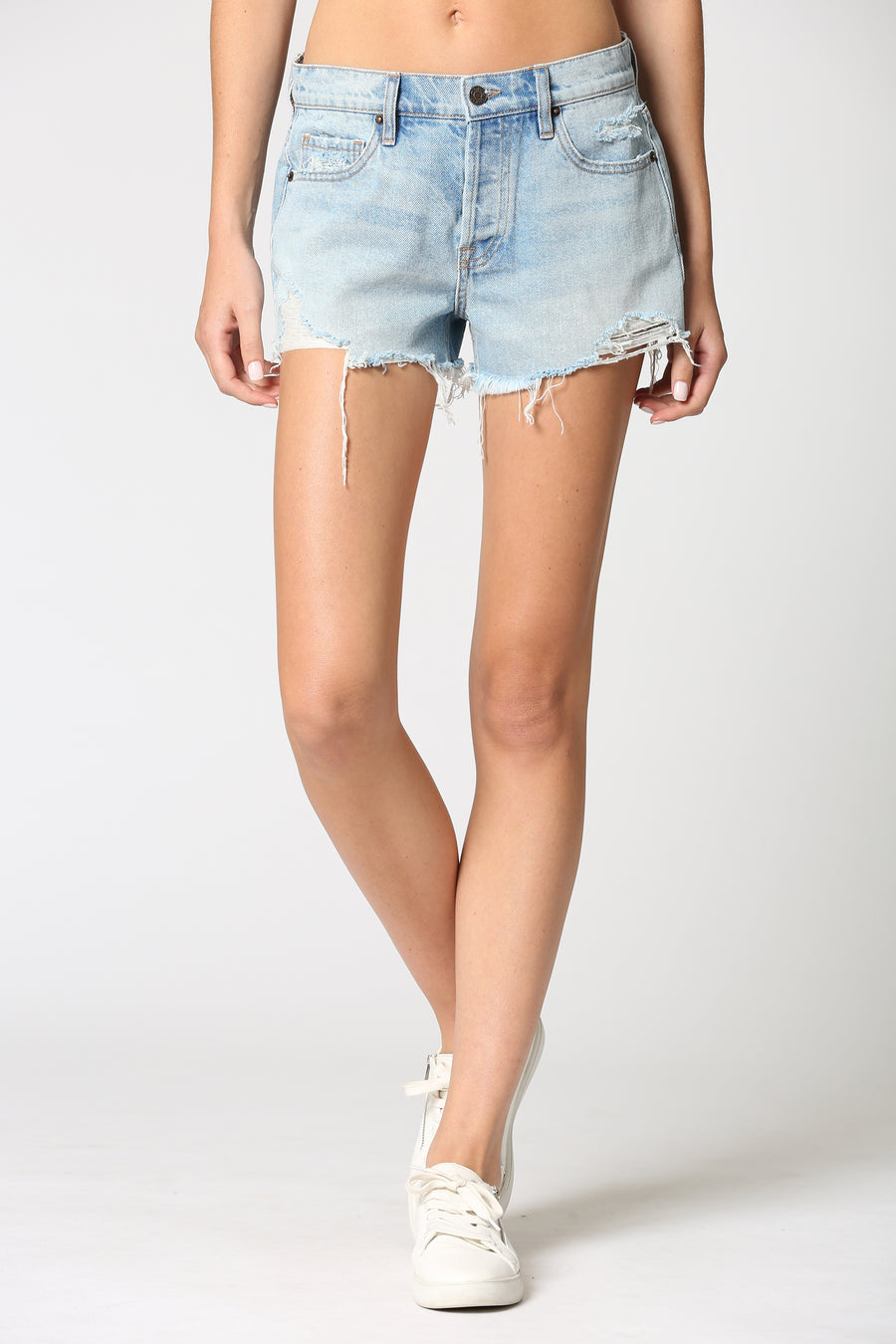 FINN <p/> LIGHT WASH CLASSIC FRAYED SHORTS