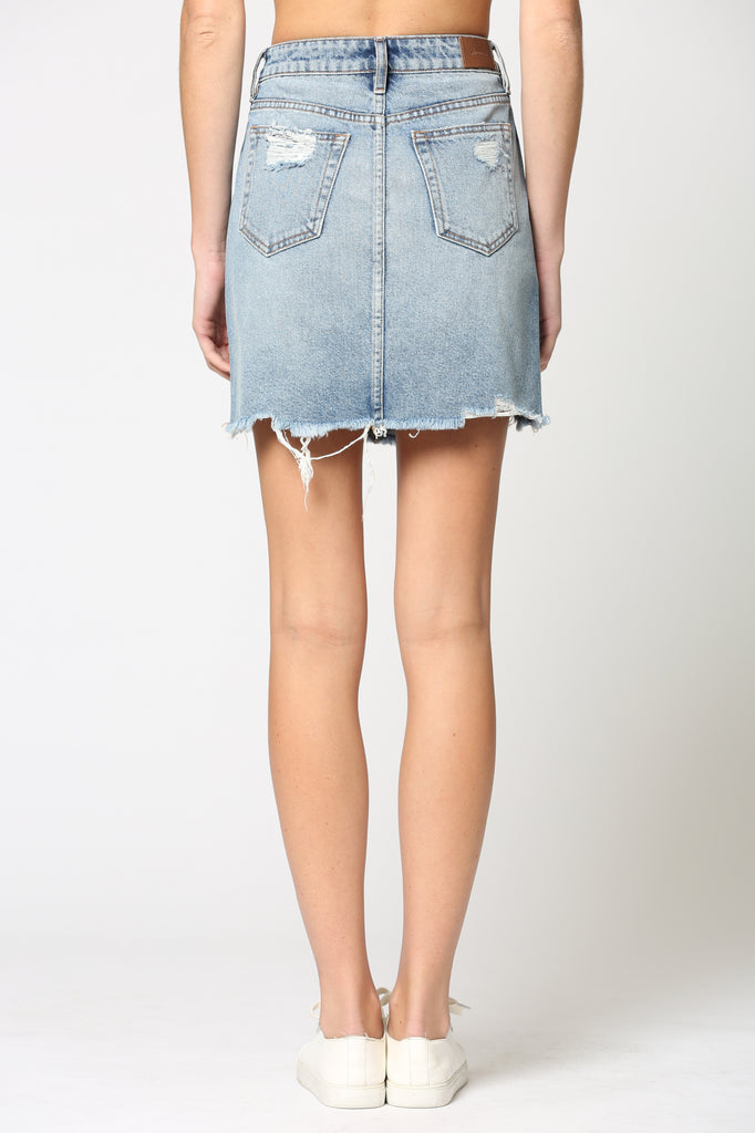 PEYTON <p/> MEDIUM WASH DISTRESSED MINI SKIRT