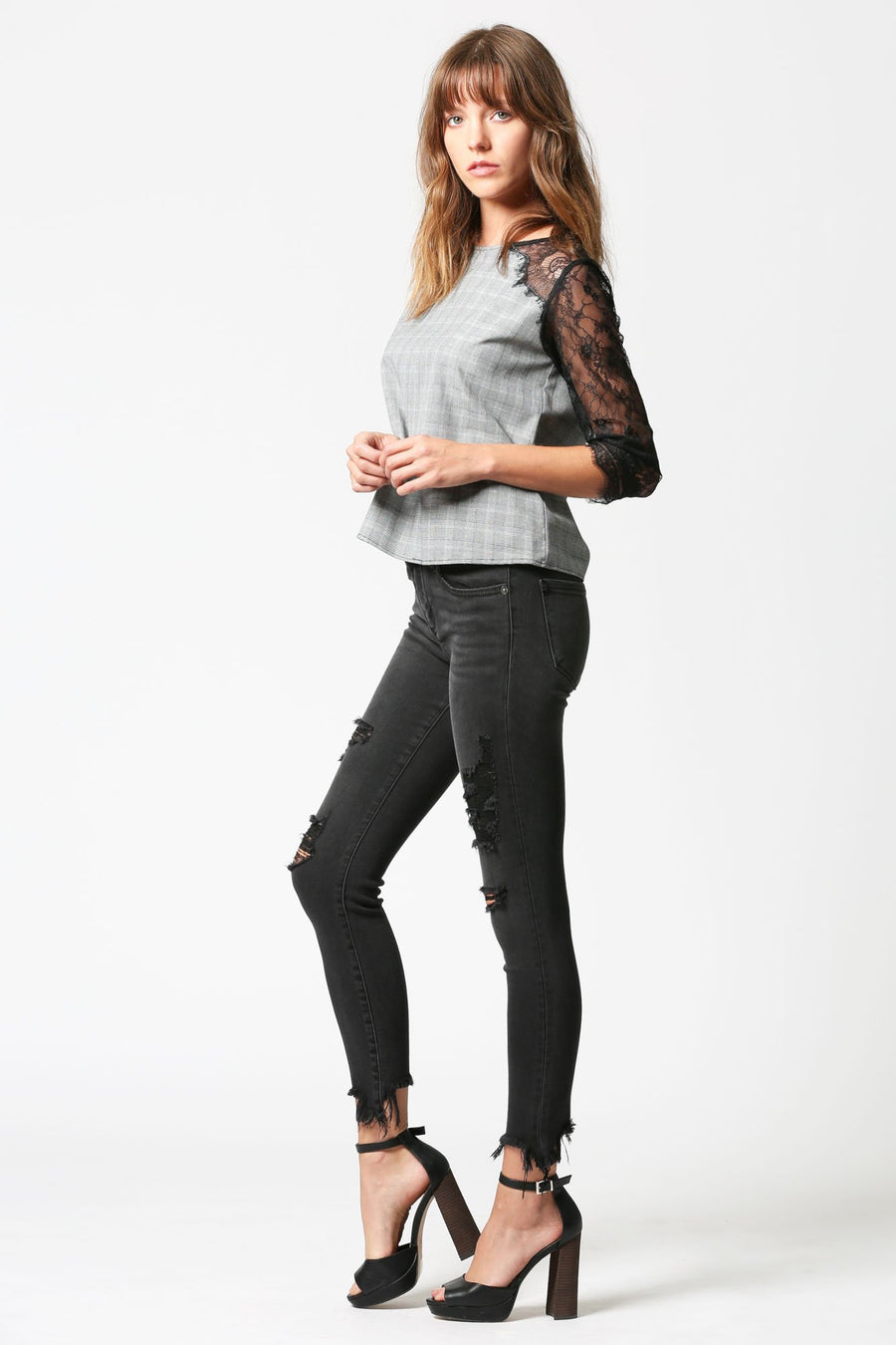 AMELIA <p/> Black Distressed Skinny with Frayed Hems