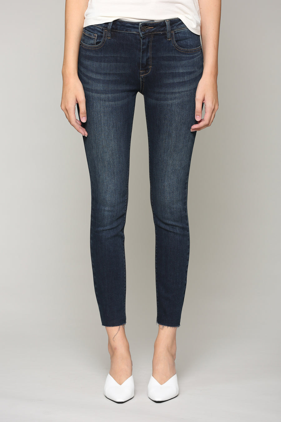 AMELIA <p/> DARK WASH SKINNY WITH A RAW HEM