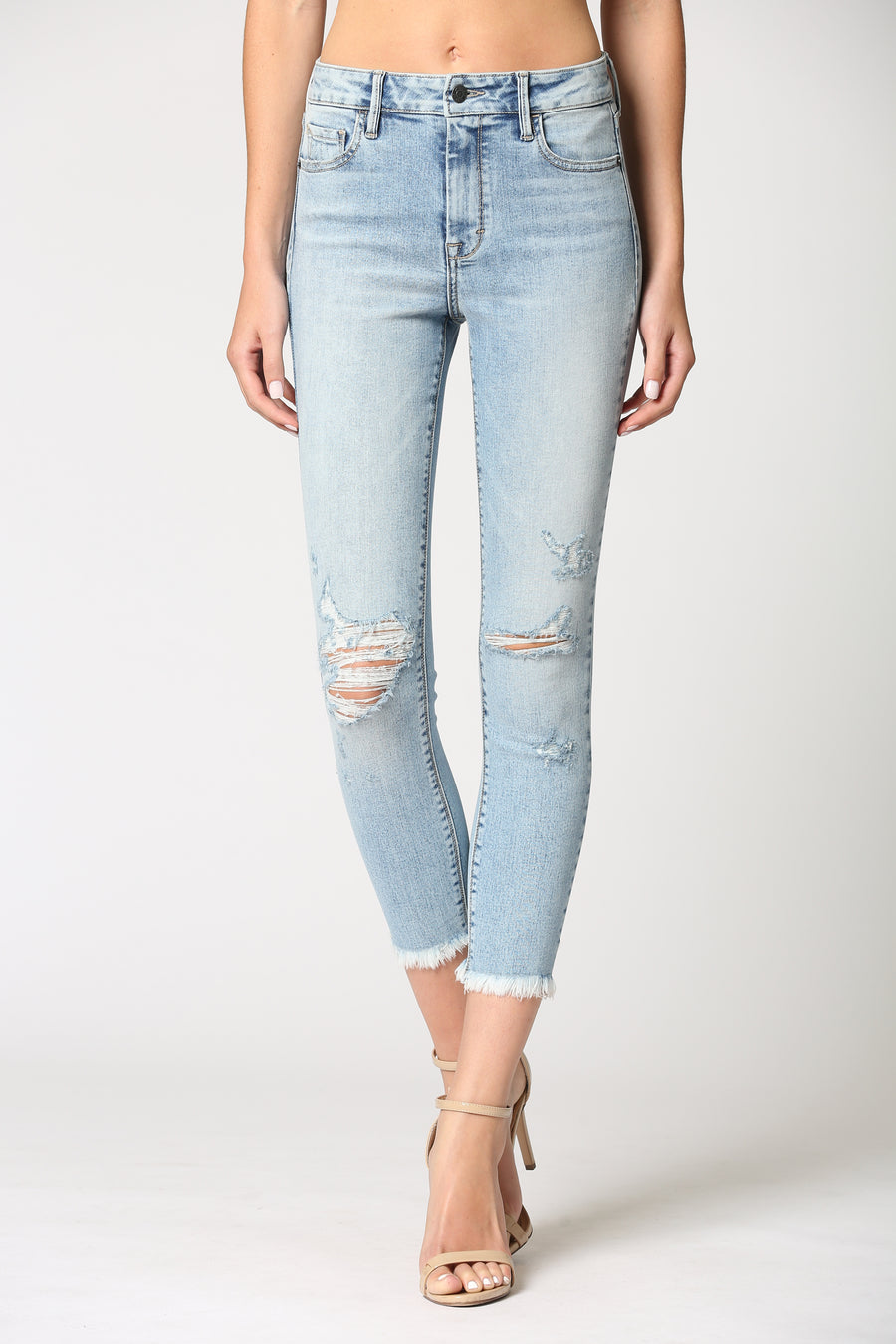 AMELIA <p/> LIGHT WASH DISTRESSED FRAYED HEM SKINNY