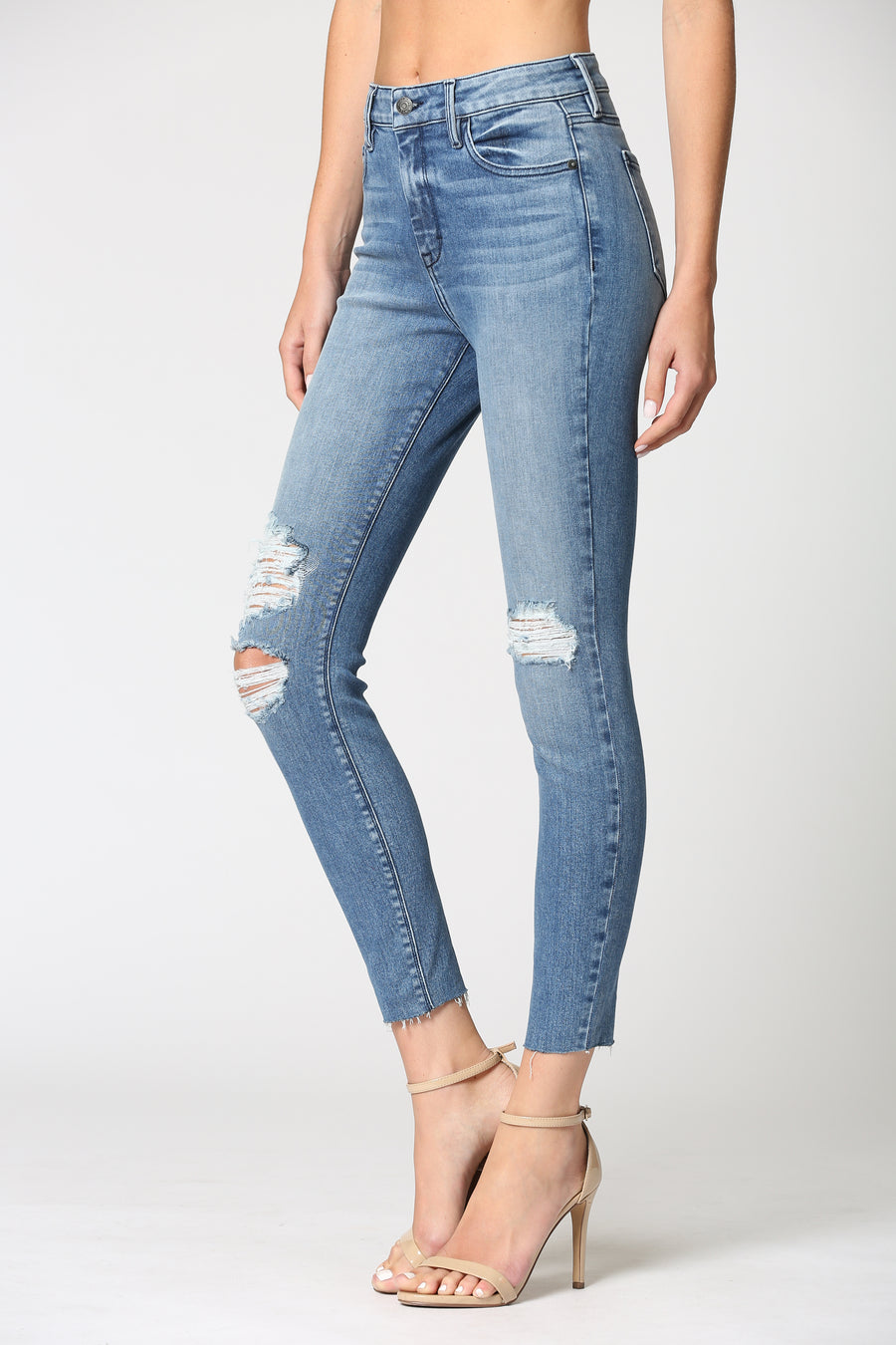 AMELIA <p/> MEDIUM WASH SKINNY WITH GRINDING