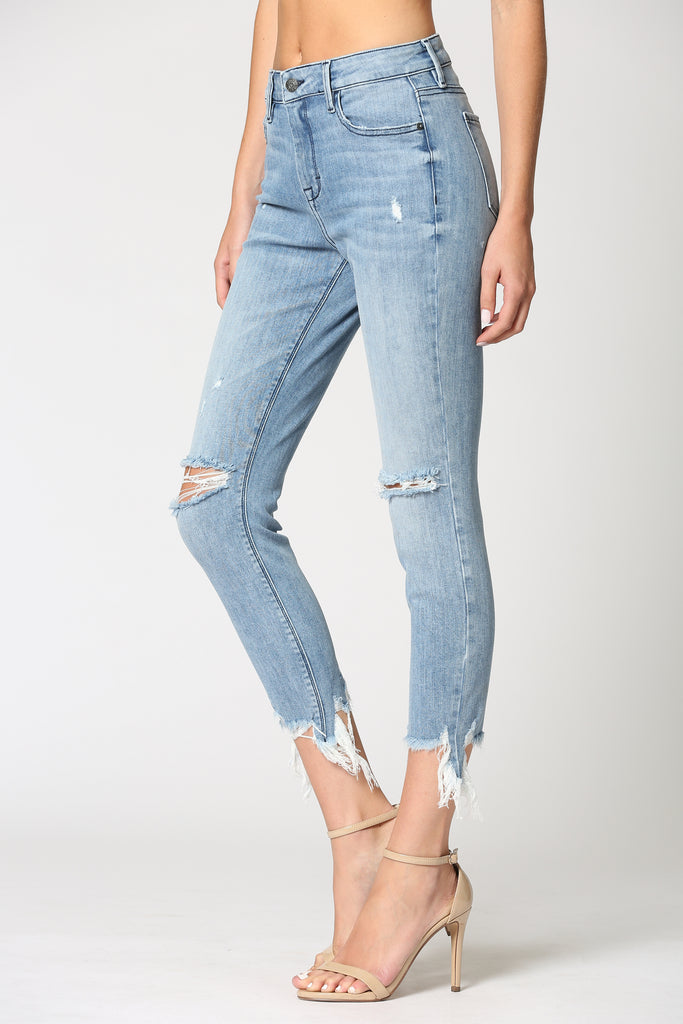 AMELIA <p/> LIGHT WASH DISTRESSED SKINNY WITH FRAYED HEM