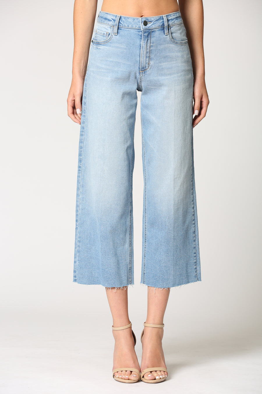 NORI <p/> LIGHT WASH CLASSIC WIDE LEG