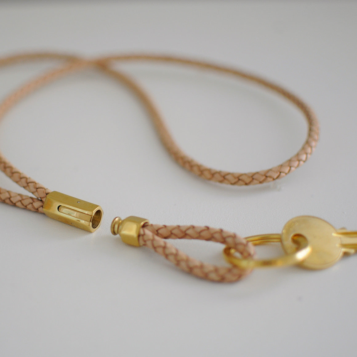 LEATHER KEYCHAIN NECKLACE LANYARD