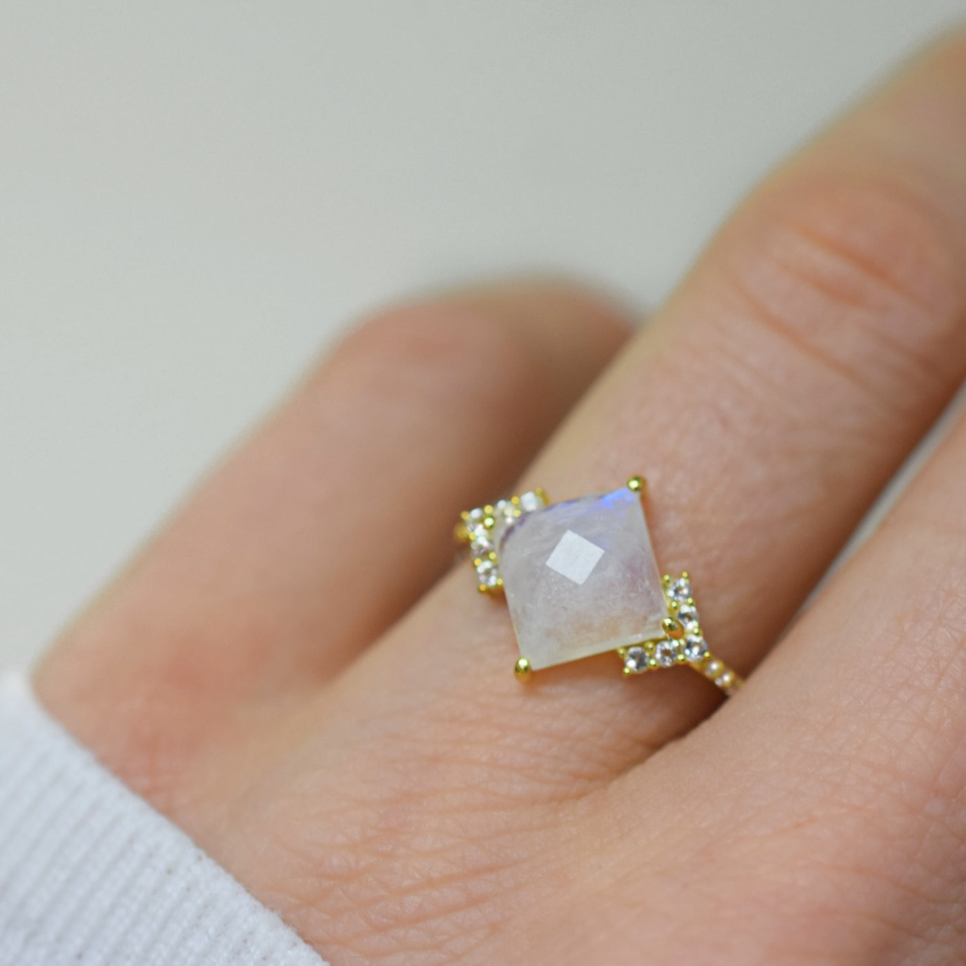 La Kaiser Rainbow Moonstone & Diamond Ariel Ring