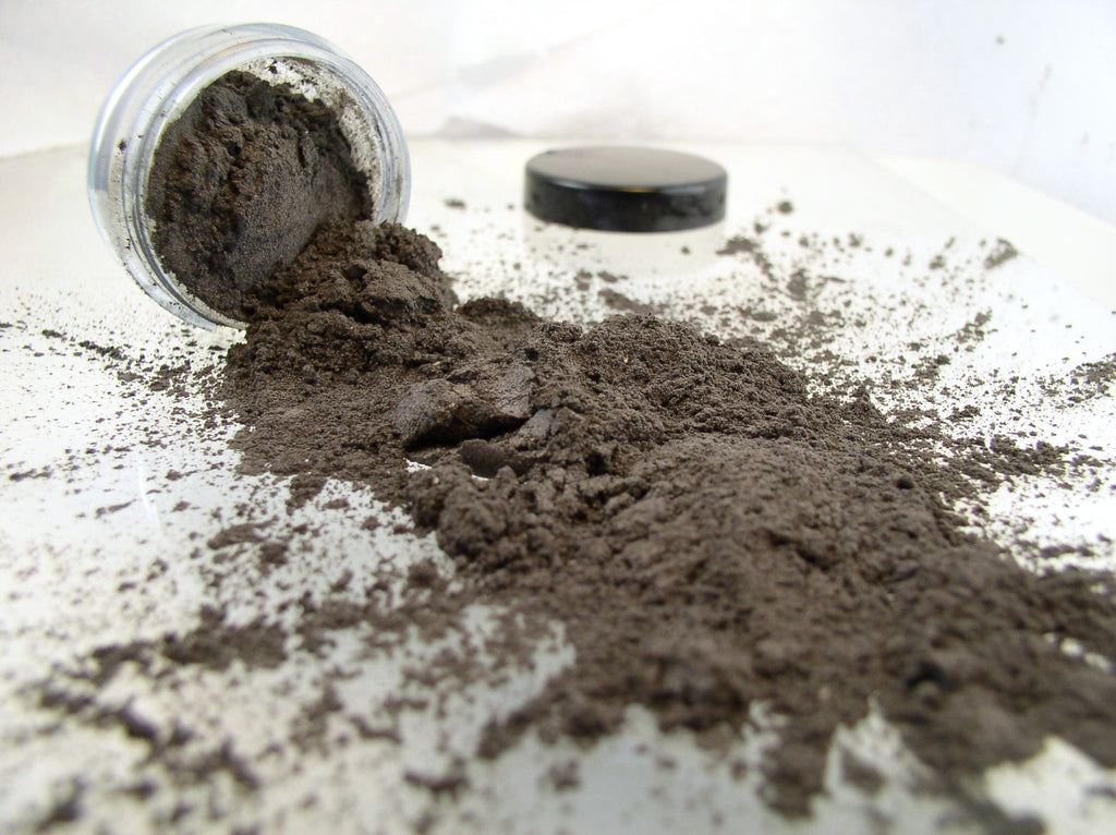 vegan eyeshadow by The All Natural Face in smoky quartz (shimmer)