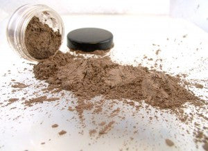 vegan eyeshadow by The All Natural Face in subdued (shimmer)