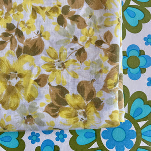 LOVELY Cotton Yellow Floral Sheet Fabric CRAFT Sewing VINTAGE