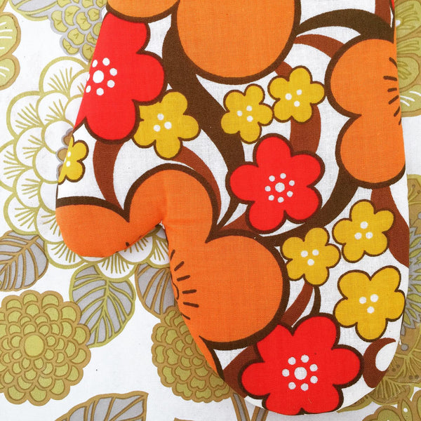 UNUSED Retro Oven Mitt FABULOUS Floral Print Cotton