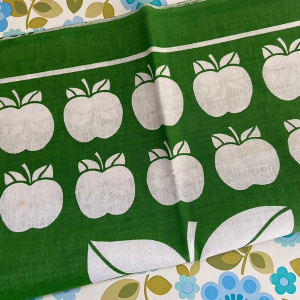 LINEN Cotton Tea TOWEL Green Apple PRINT Unused
