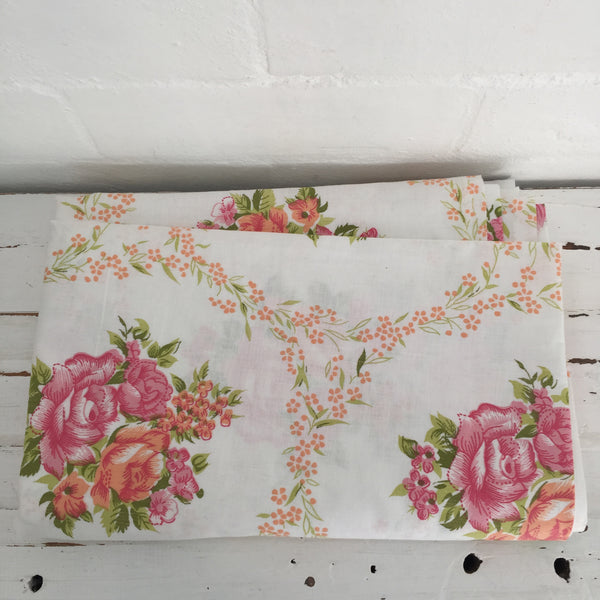 UNUSED Cotton Sheet Fabric RETRO Floral Bedding