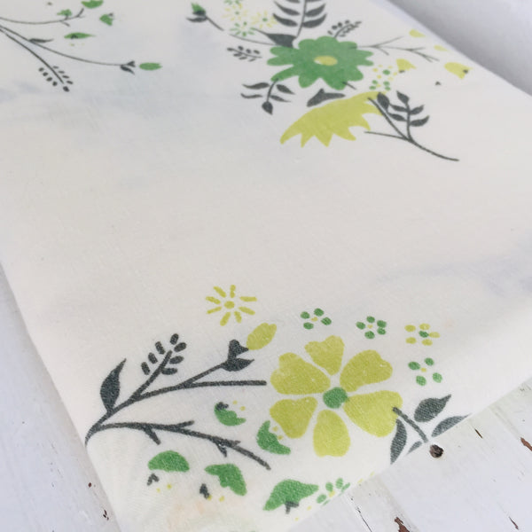 Cute PAIR of Vintage COTTON Floral Pillow CASES Green