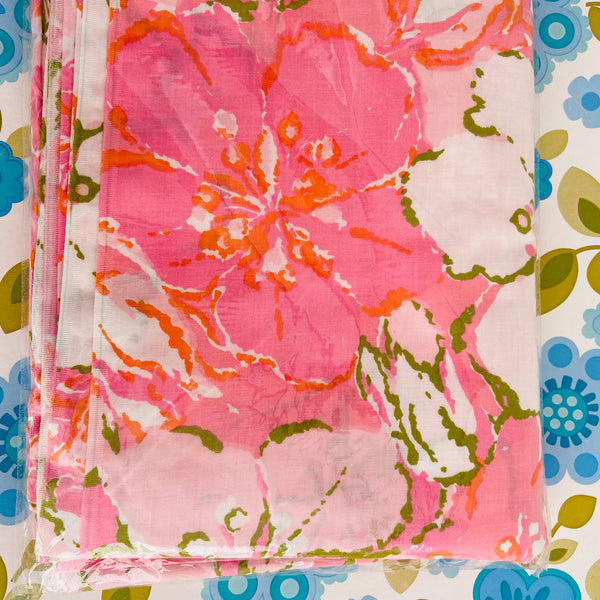 UNUSED Cotton SB Valance FABRIC Craft Sewing RETRO Pink Floral