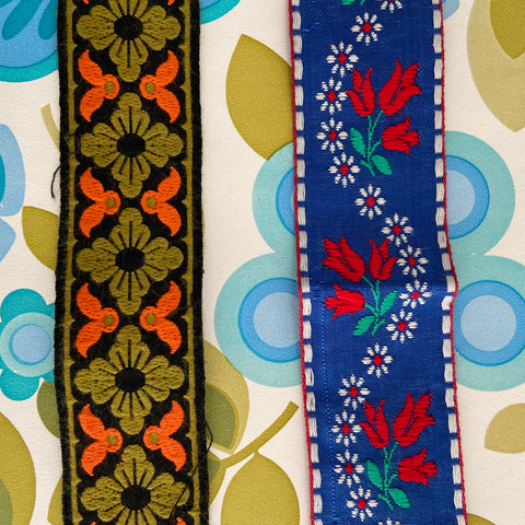 Beautiful RETRO Ribbon TRIM Embroidered Vintage Craft Sewing