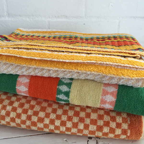 Set of 3 Mismatched Vintage Towels Caravan Camping RETRO Home