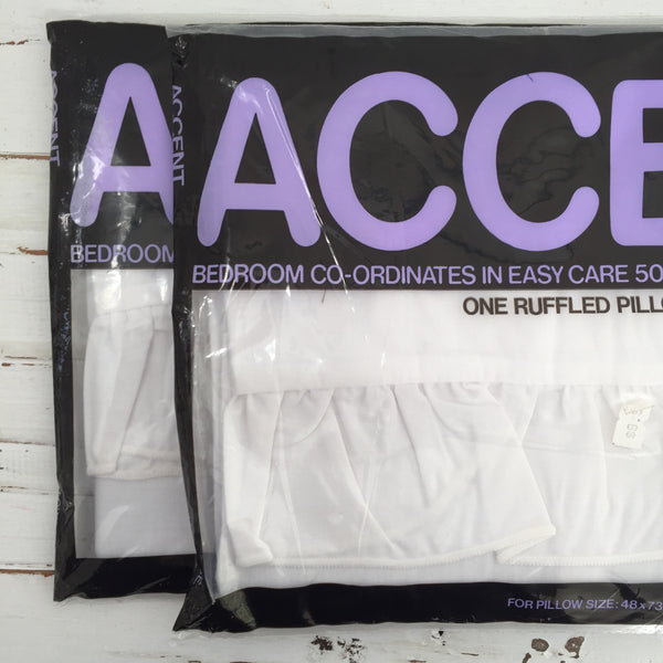 ACCENT Pillow Cases PAIR Unused Vintage Retro Bed