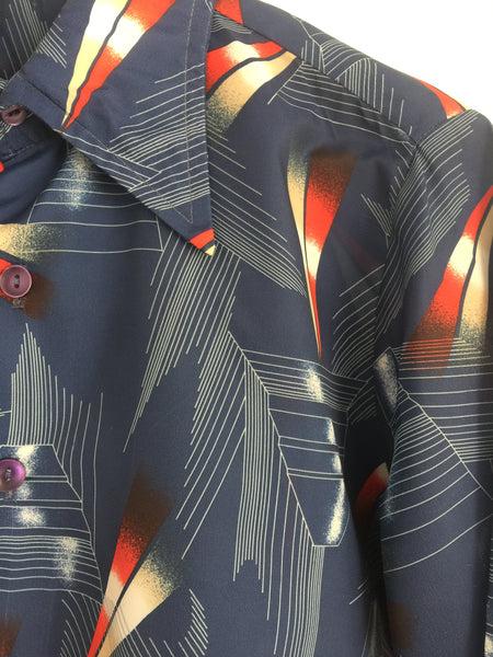 Mens Retro Vintage 70's Shirt LOVE IT!