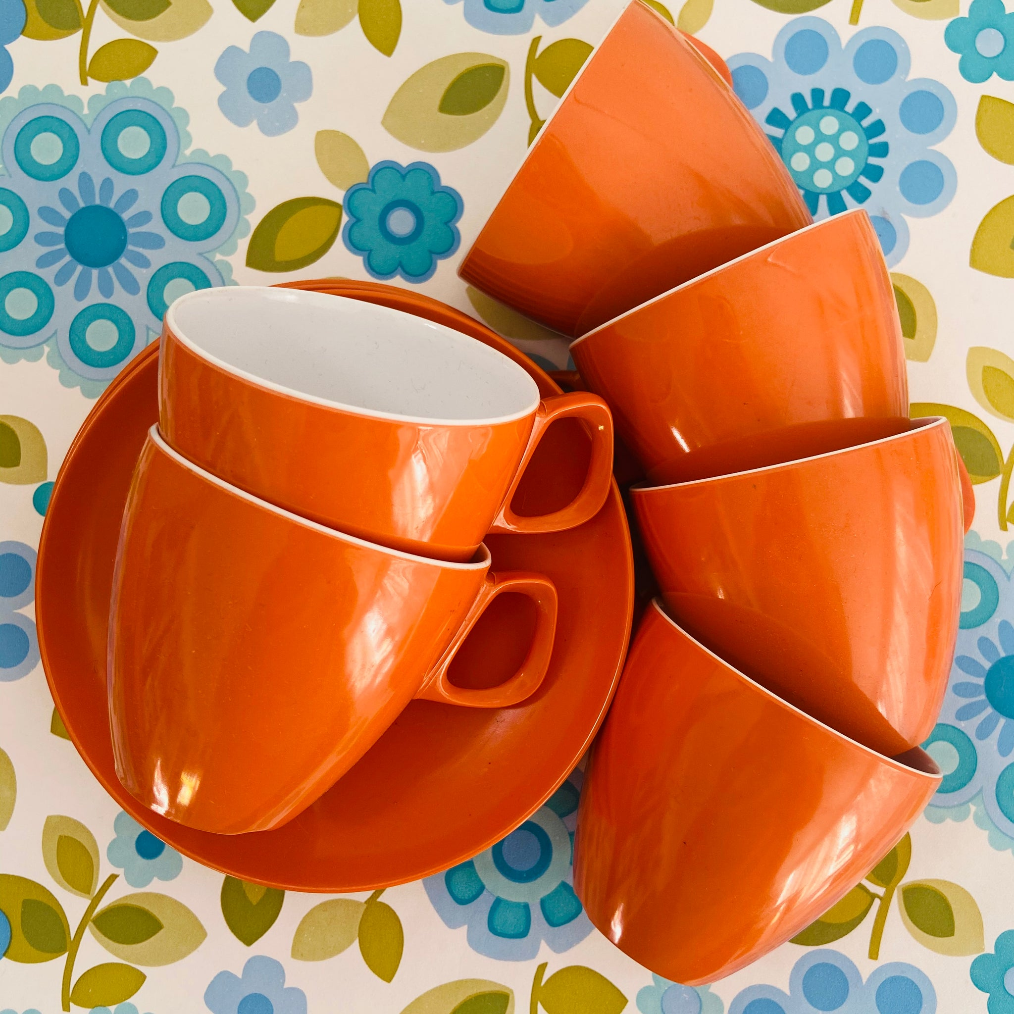 FUNKY BRIGHT 70's Orange Cups & Saucers Set of SIX Camping Caravan Melamine
