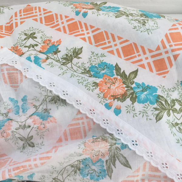 Huge COTTON Fabric Quilt Cover Vintage Floral PRINT