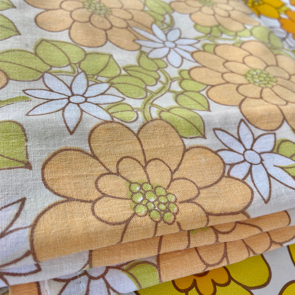 RETRO Floral 70's COTTON Sheet LOVELY Fabric Craft QUILTING