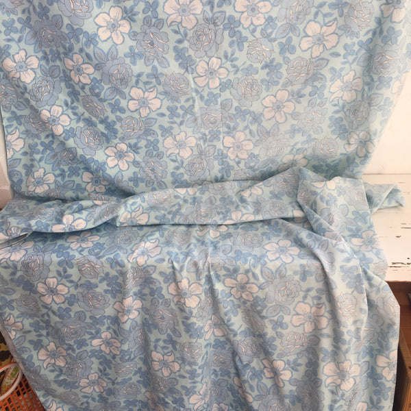 Oh SO Pretty BLUE Vintage Cotton Sheet FABRIC Sewing